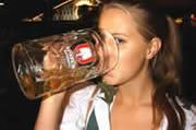 Singles auf der Wiesn - Sexy Girls, Bier und Flirten